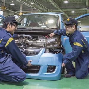 自動車工学科(トータルメカニックコース)